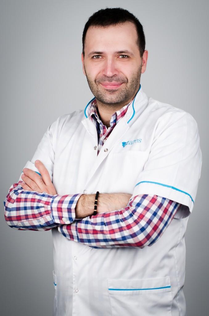 Chirita Alexandru (+4) 0724002777