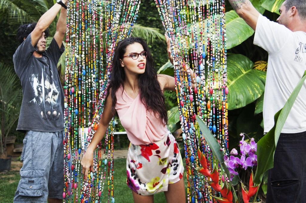Vogue Eyewear_Adriana Lima (15)
