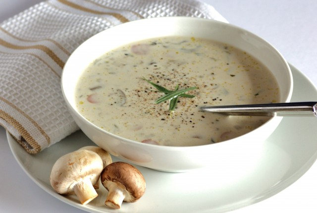 cream-of-mushroom-soup-2244