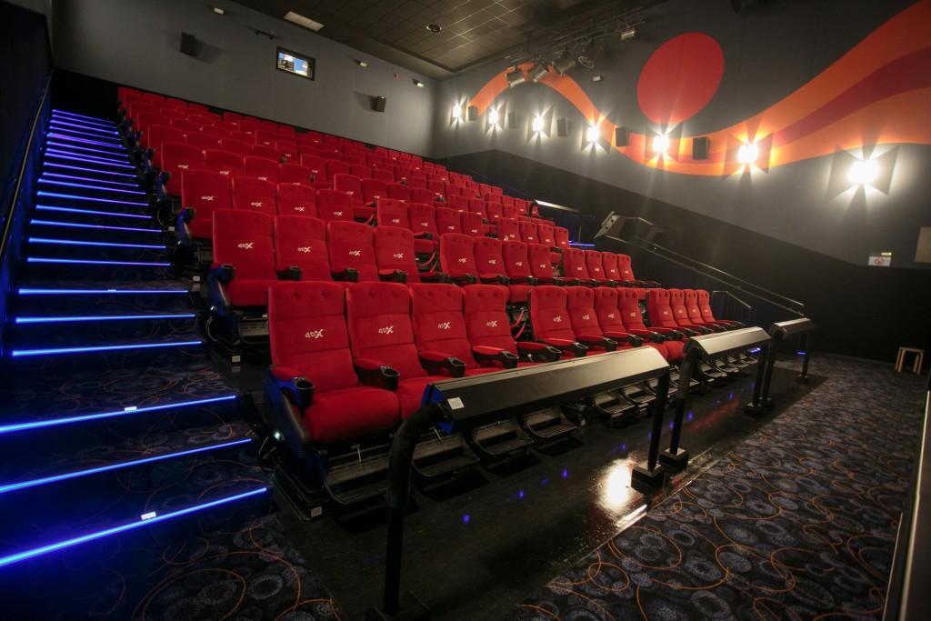lansat primul cinema 4DX din Romania! Iata ce presupune experienta ...