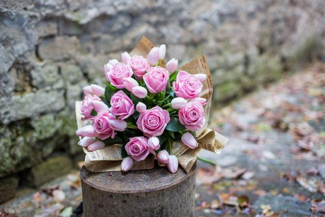 lalele,trandafiri (2)