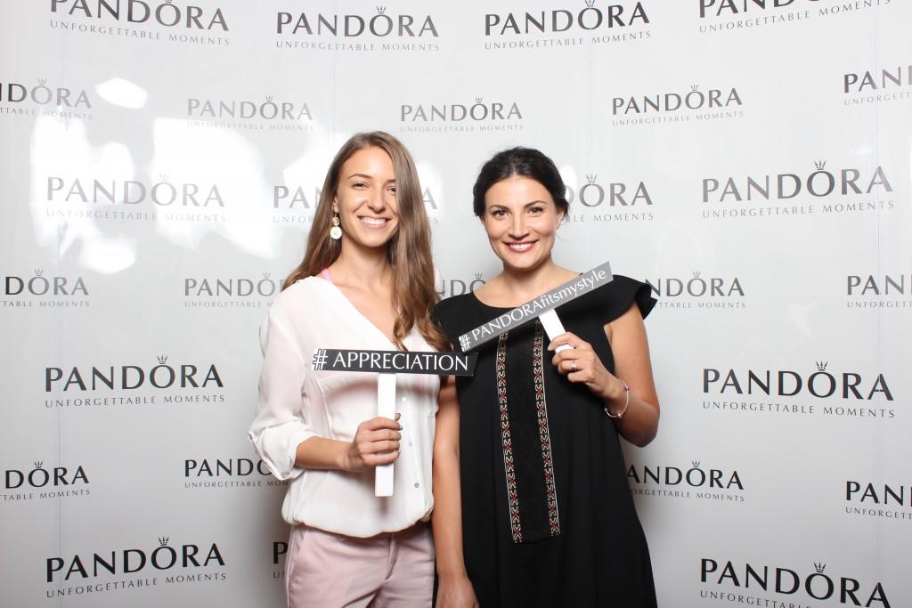 Ioana Ginghina & prietena