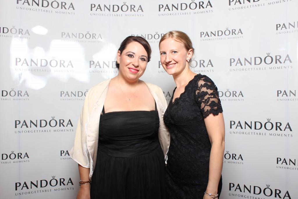 Joanna Cywinska (PANDORA) & Oana Roman