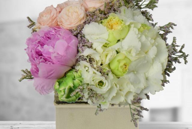 flori-eleganta-regala-Floria.ro - Copy