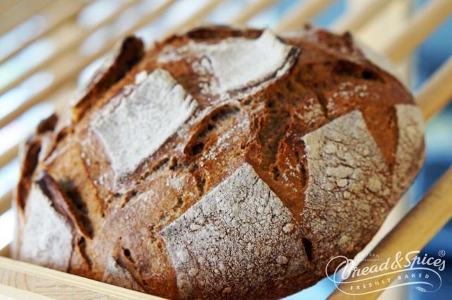 BreadandSpices_S1_Paine_PainRustique_secara,maia.sare,drojdie