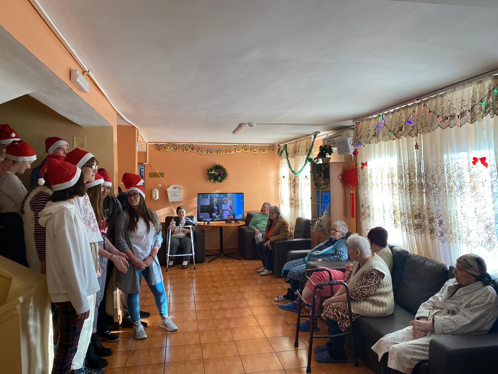 230 de vise împlinite pentru vârstnicii din Căminul de Bătrâni BERCENI_foto 5