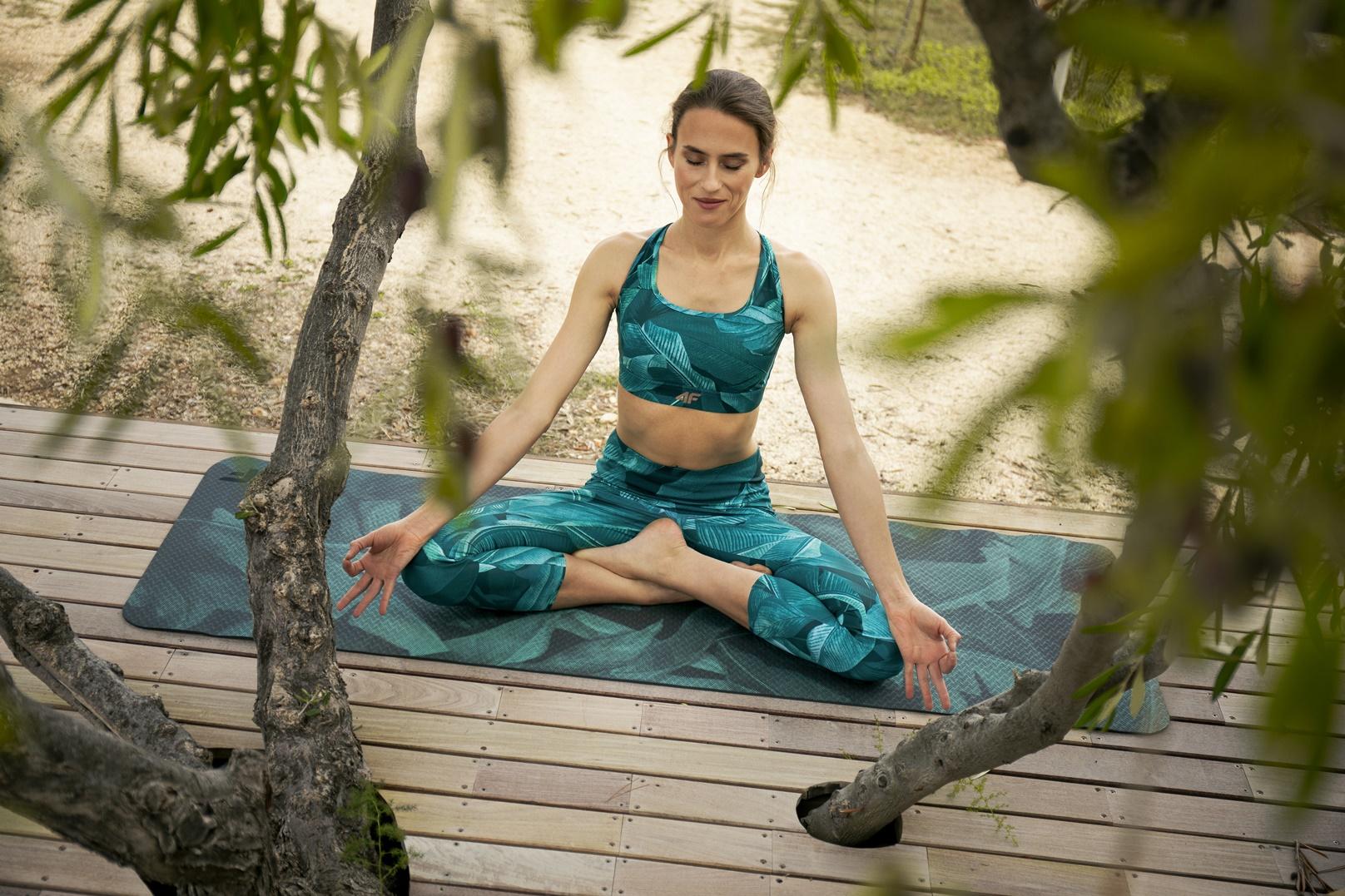 4F_yoga (2)